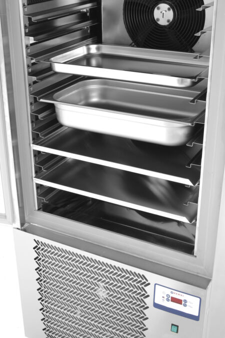 Hendi 232187 sokkoló hűtő 10db GN 1/1 méretű edény elhelyezéséhez